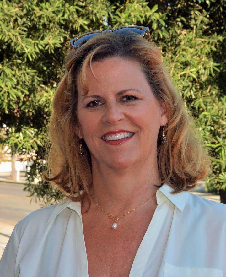 Ruth Ann Bowe, Broker Associate/Realtor® in Santa Barbara, Village Properties