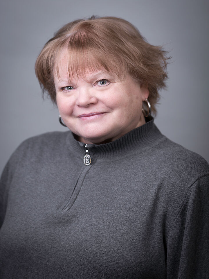 Barbara Hansen,  in Bellevue, Windermere