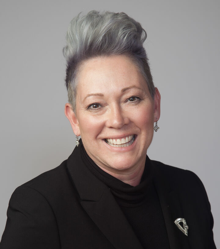 Paulette Johnson,  in Castro Valley, Intero Real Estate
