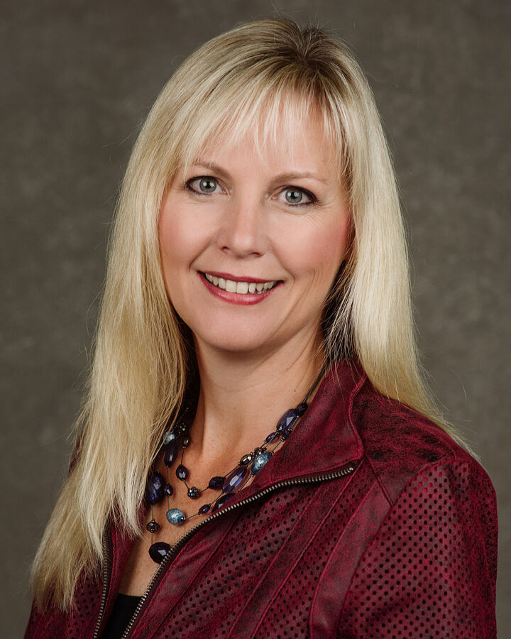 Shelly Hanson, REALTOR, SRES in Mount Vernon, Windermere
