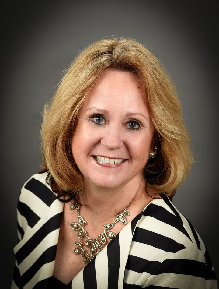 Tommee Briggs, Realtor in Placerville, Intero Real Estate