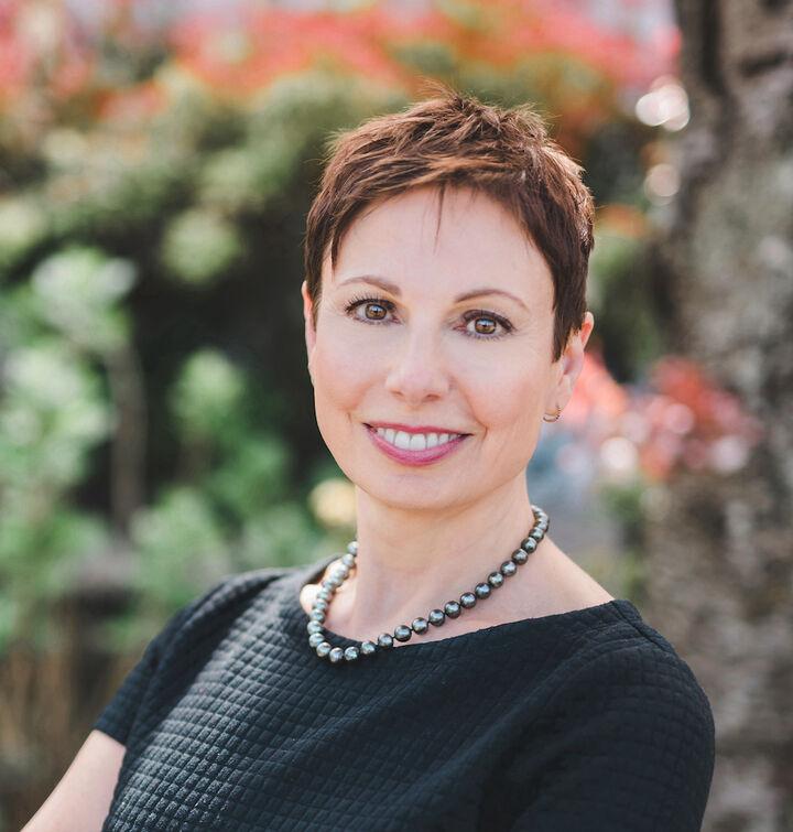 Lella Norberg, Managing Broker, Premier Properties Director in Shoreline, Windermere