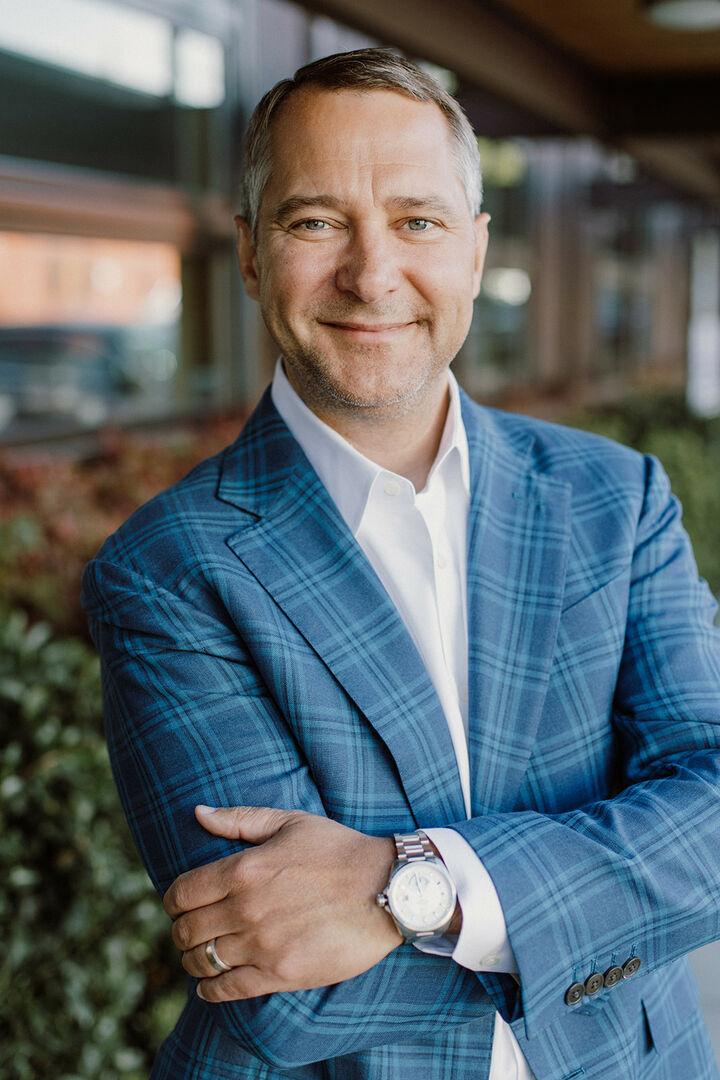 Bill Hedges, Broker in Seattle, Windermere