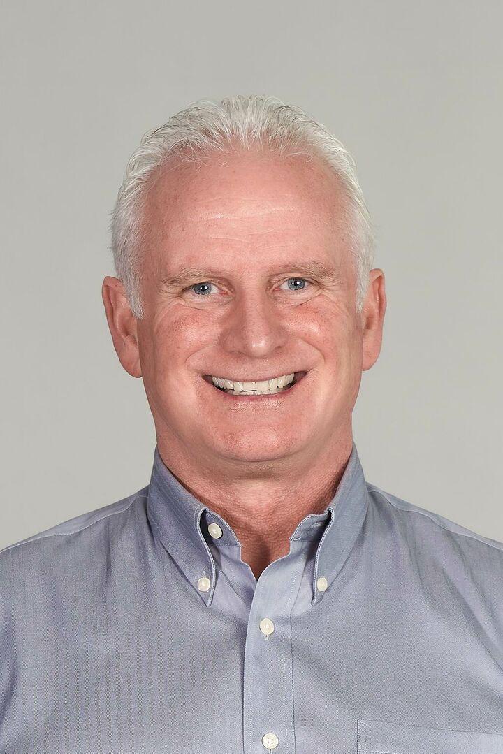 Stephen Lynott, Owner in Chelsea, CENTURY 21 Canada