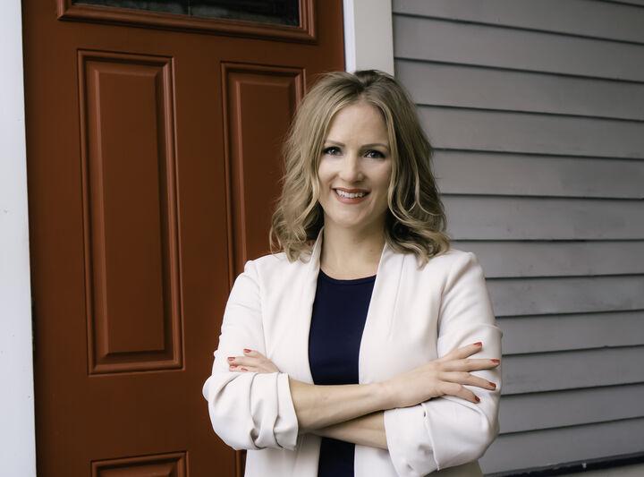 Jennifer C. Jones, NYS LICENSED REAL ESTATE SALESPERSON - #10401344667 in Ithaca, Warren Real Estate