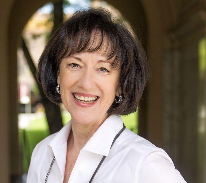 Carolyn Botts,  in Los Altos, Sereno