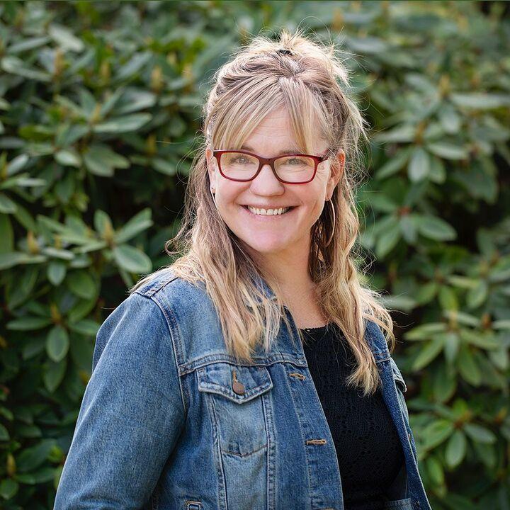 Amy Romberg,  in Portland, Windermere