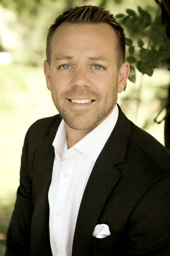 Justin Steill, Licensed Real Estate Broker in Carmel, BHHS Indiana Realty
