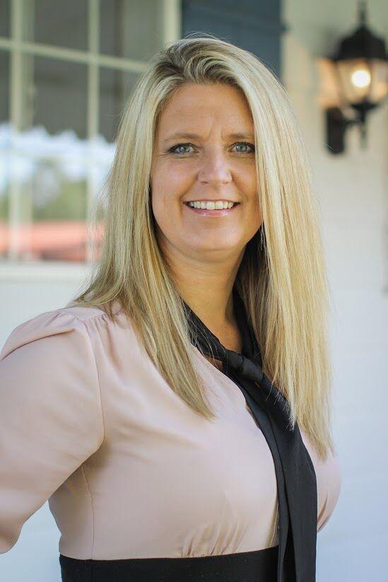 Sandra Paoli, Real Estate Broker - Realtor in Monmouth, Windermere